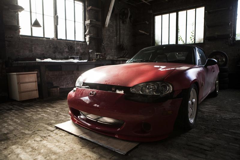 Bmw ae36 + Mazda Roadster NB8C peinture ok Img_3010