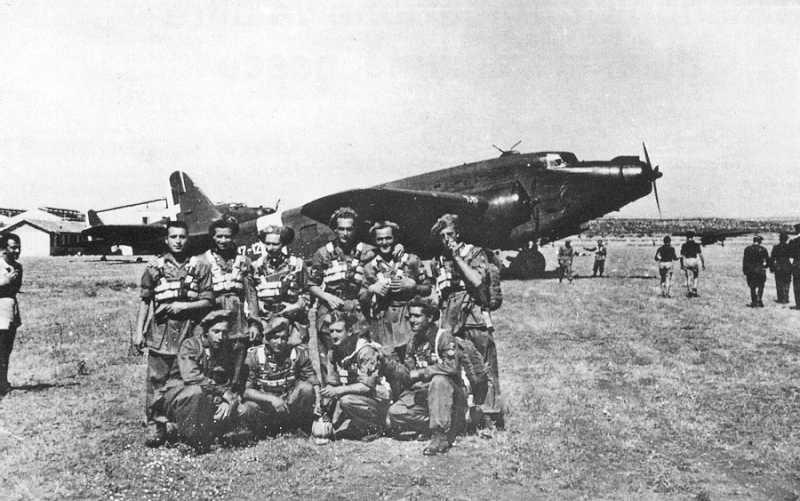 raids des commandos  parachustistes italiens en algerie (1943) Adra2010