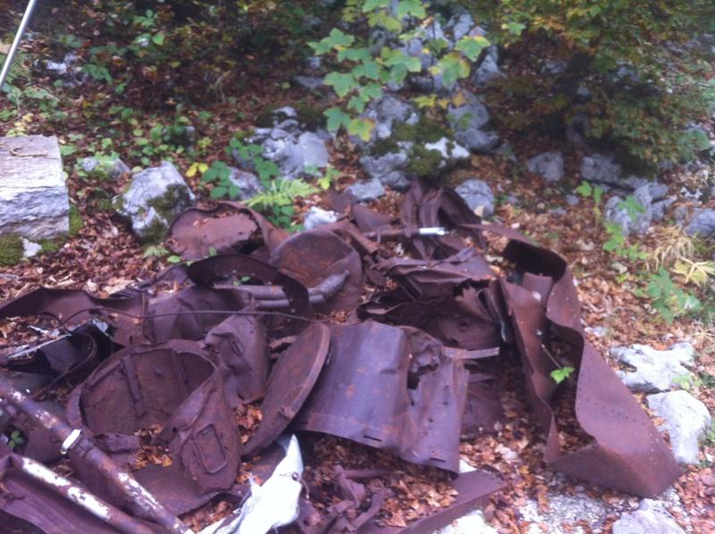 Stèle d'un Halifax dans le Vercors Img_4831