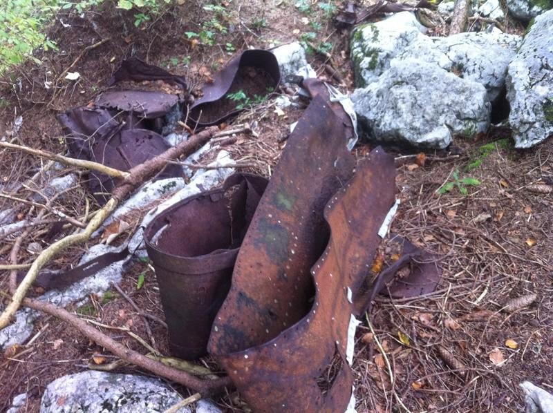 Stèle d'un Halifax dans le Vercors Img_4834