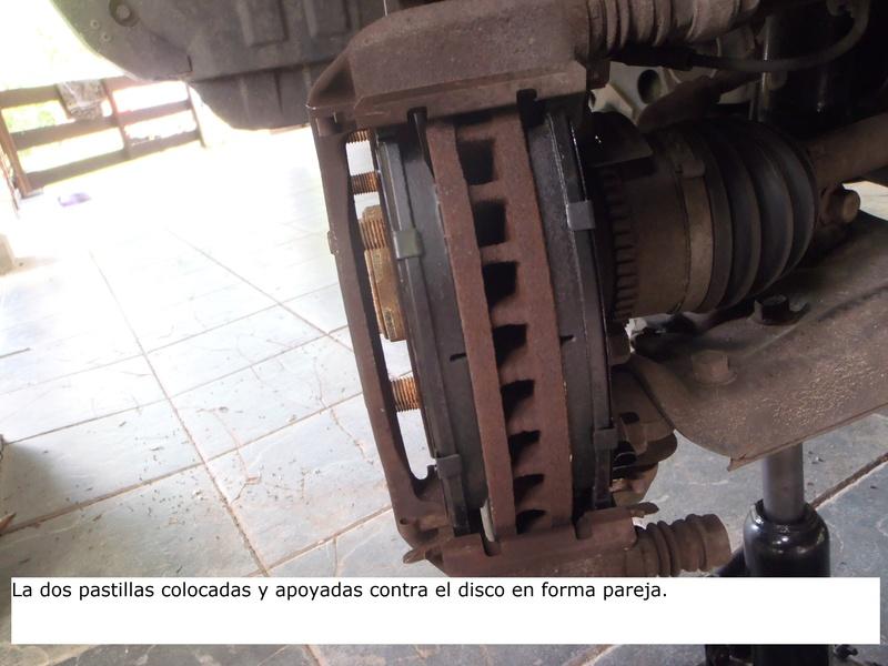 TUTORIAL CAMBIO PASTILLAS DE FRENO DELANTERAS TRITÓN Pa226224