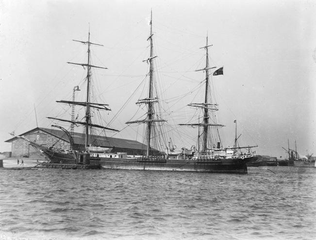 Navire Inconnu Dut10