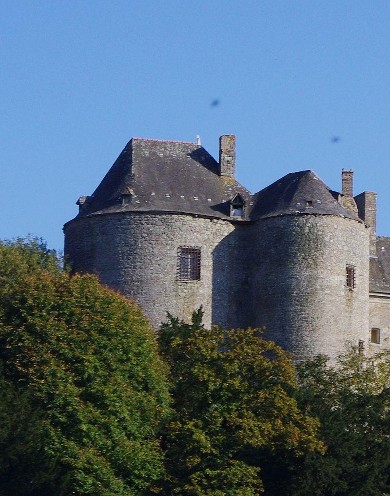 Chateaux de la Bretagne 800px-12