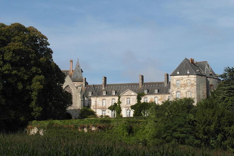 Chateaux de la Bretagne 800px-21