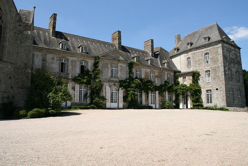 Chateaux de la Bretagne 800px-22