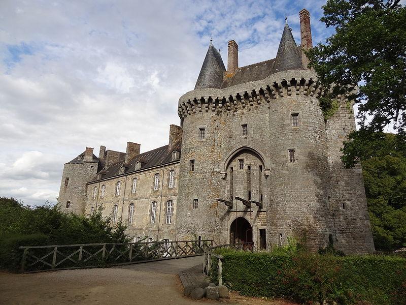 Chateaux de la Bretagne 800px-23