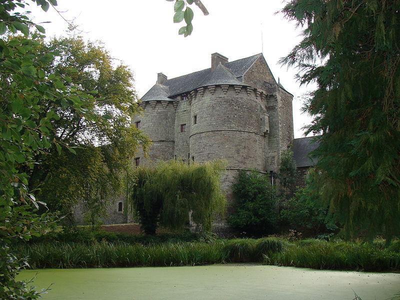 Chateaux de la Bretagne 800px-35