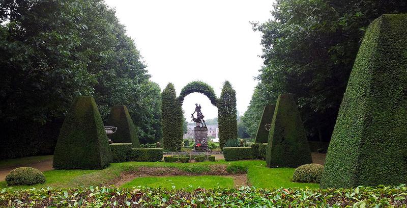 Chateaux de la Bretagne Le_par10