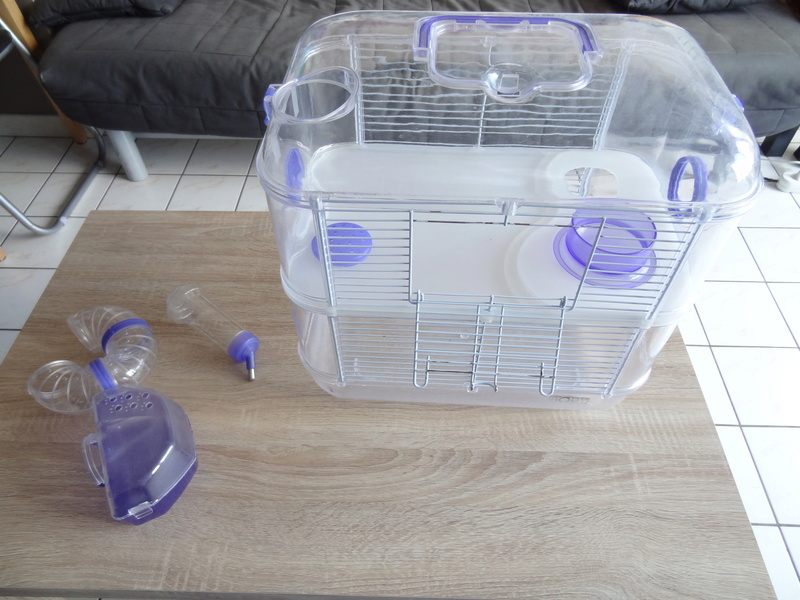 Vente : Cage hamster Rody 5 euros Dsc07813
