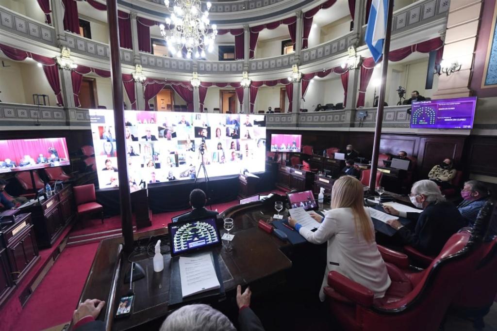 La Legislatura bonaerense sancionó la ley que declara de interés provincial la donación de plasma 001-10