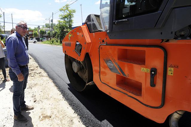 Tigre: construcción de calles y veredas en General Pacheco. 00135