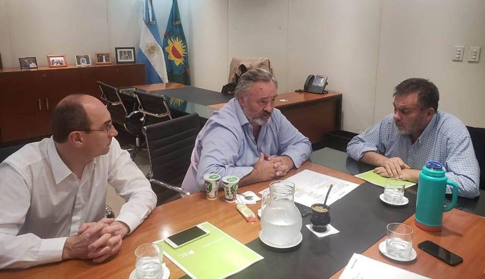 Coronel Pringles: Berterret se reunió con el Ministro Joaquín de la Torre  00139
