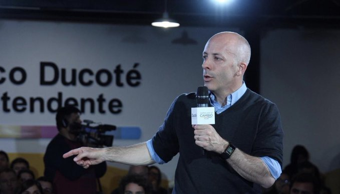 Pilar: A las 19.30 Hs., Ducoté tendrá su cierre de campaña en Del Viso. 00165