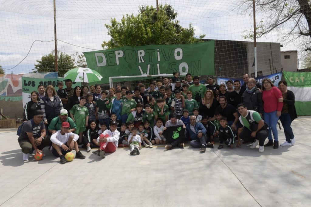 Malvinas Argentinas: Nardini en el club deportivo Wilson. 00172
