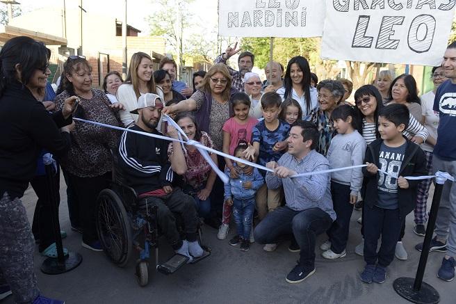 bourg - Malvinas Argentinas: inauguraron once cuadras de pavimento en Grand Bourg. 00174