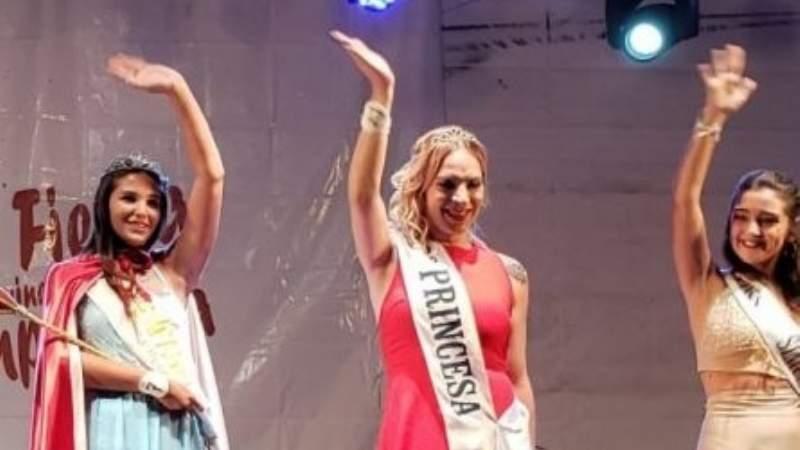 Chivilcoy: Chica trans elegida segunda princesa en O' Higgins. 00198