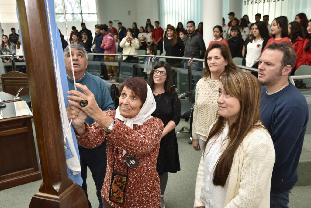 Malvinas Argentinas: los lápices siguen escribiendo. _car2010