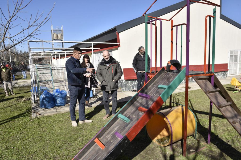 Malvinas Argentinas: mantenimiento preventivo escolar. _car3510