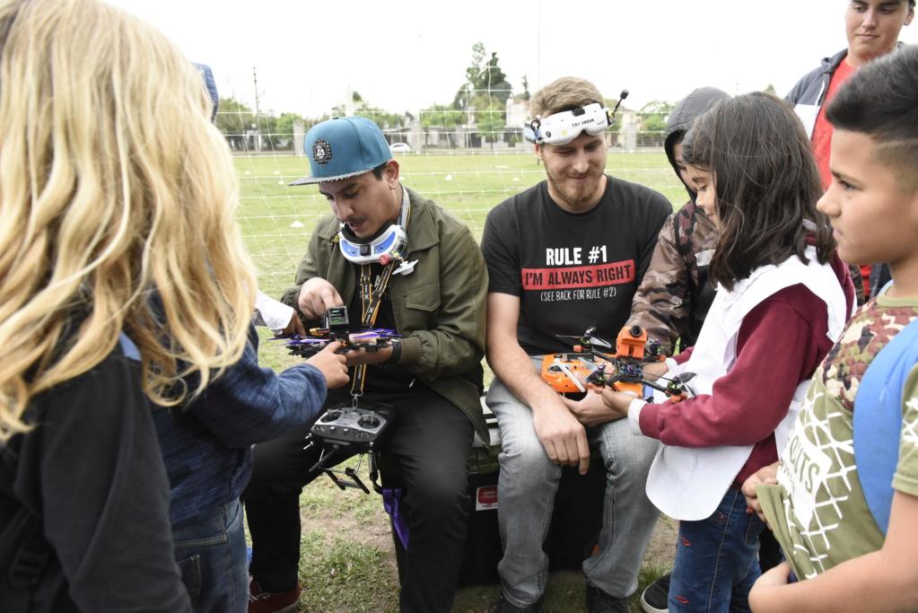 Malvinas Argentinas: carrera de drones. _dsc2512