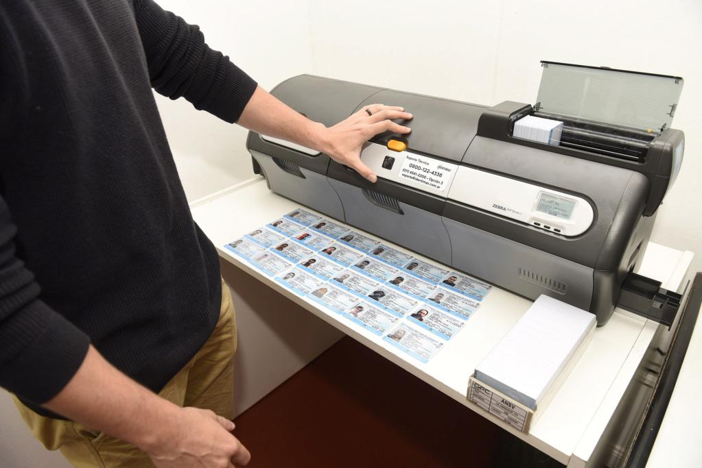 Malvinas Argentinas: 120 licencias de conducir son impresas y entregadas por día. _dsc6810