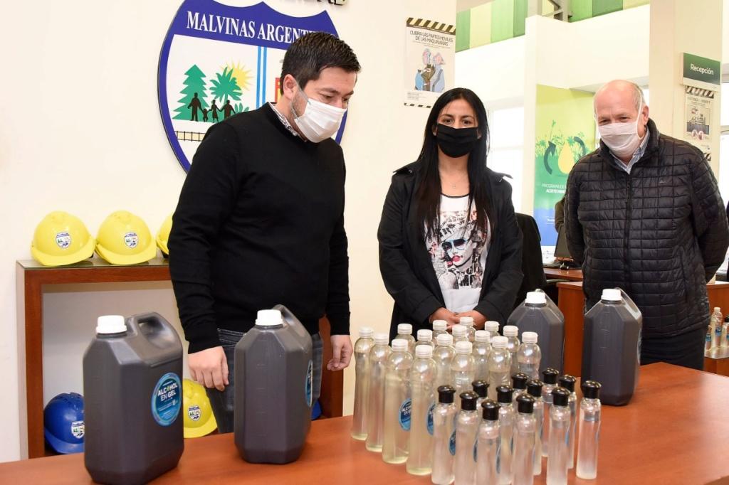 Malvinas Argentinas ya produjo 23 mil litros de su propio alcohol en gel. Img-2043