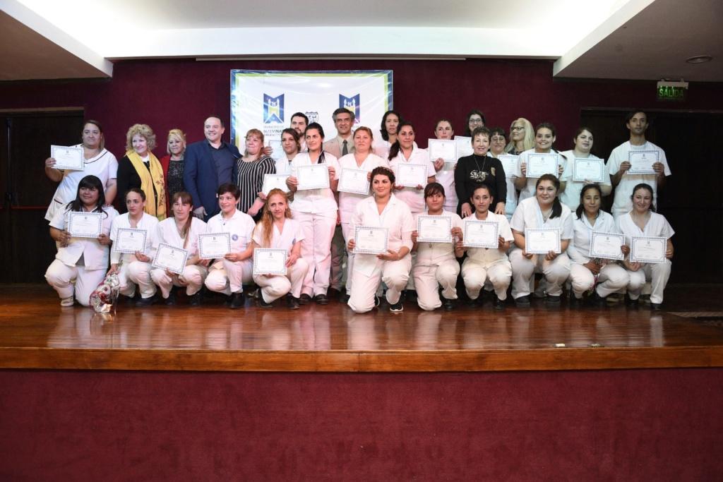 Malvinas Argentinas: Nuevos profesionales para la Salud. Thumbn19
