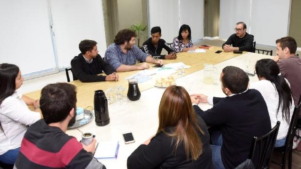 Universitarios piden a Luis Vivona por el boleto estudiantil Vivona10