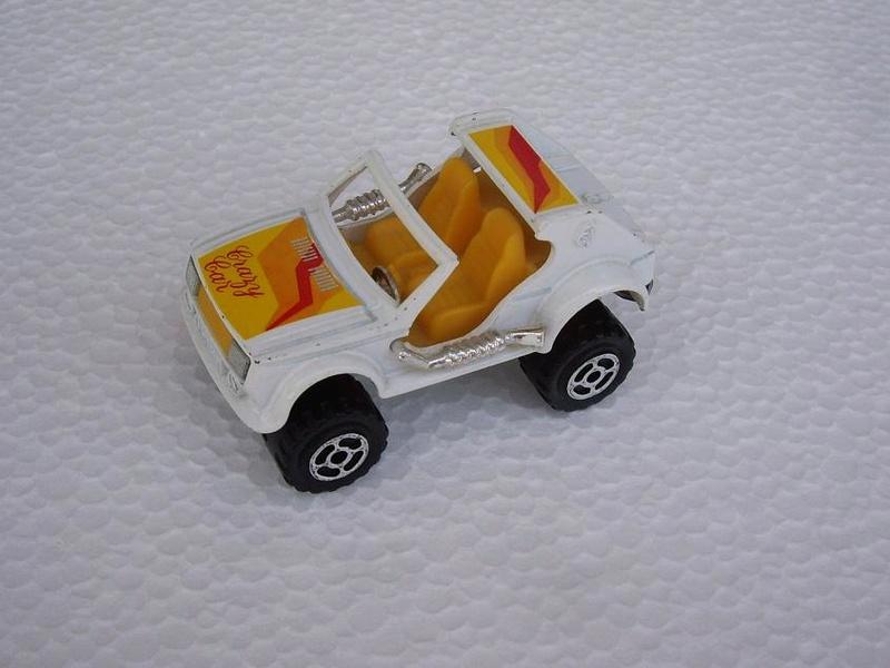 N°223 Crazy Car Imgp6812