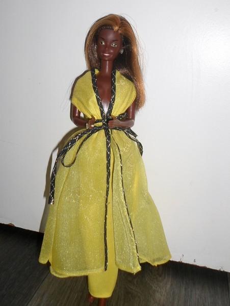 Les Barbie d'Anubislebo - Page 9 Sam_3917
