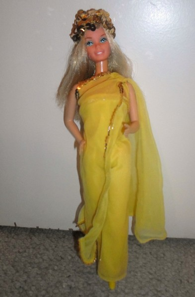 Les Barbie d'Anubislebo - Page 9 Sam_3927