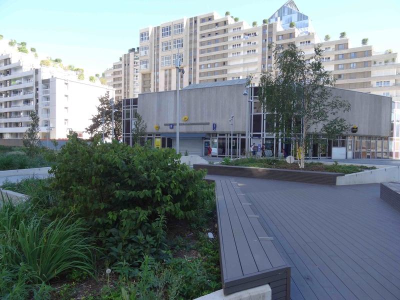 Rénovation du quartier du Pont-de-Sèvres (ANRU) - Page 2 Dsc01521