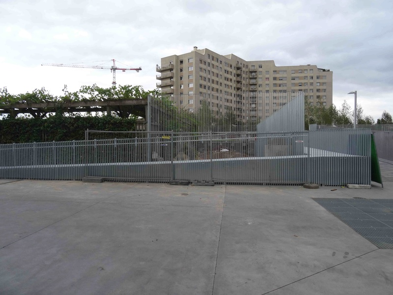 Rénovation du quartier du Pont-de-Sèvres (ANRU) - Page 2 Dsc01851