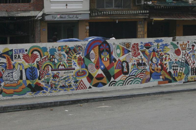 CONCOURS PHOTOS SEPT 16 - Murs détournés : peintures, tags, graffitis - BREAKING NEWS : SWEDE ET FFFF GAGNENT !!! 00111