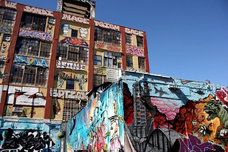 CONCOURS PHOTOS SEPT 16 - Murs détournés : peintures, tags, graffitis - BREAKING NEWS : SWEDE ET FFFF GAGNENT !!! 00611