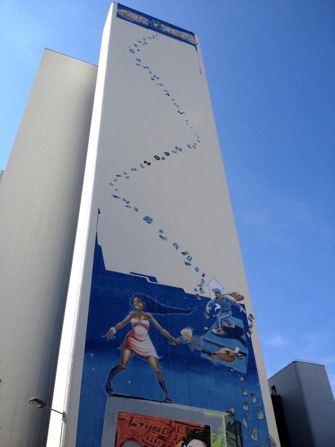 CONCOURS PHOTOS SEPT 16 - Murs détournés : peintures, tags, graffitis - BREAKING NEWS : SWEDE ET FFFF GAGNENT !!! 00711