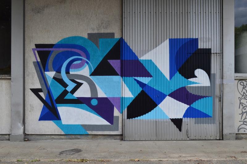 CONCOURS PHOTOS SEPT 16 - Murs détournés : peintures, tags, graffitis - BREAKING NEWS : SWEDE ET FFFF GAGNENT !!! 00911