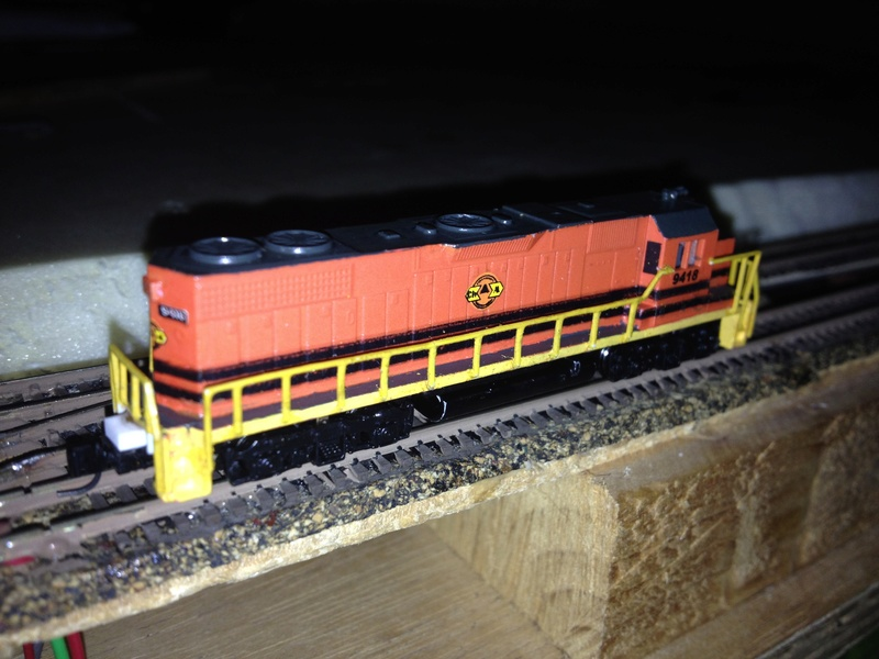 Déco GP38-2 Ferrocarril Chiapas Mayab / Genesee & Wyoming - Page 2 Img_3011