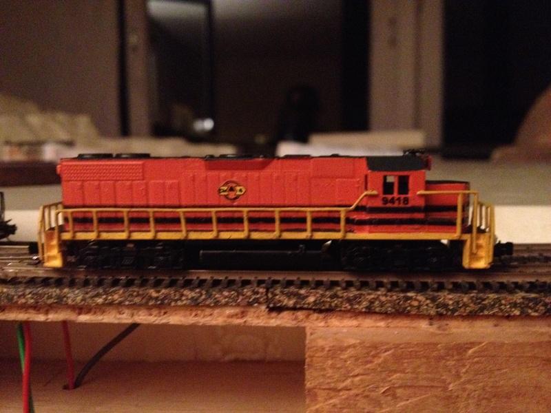 Déco GP38-2 Ferrocarril Chiapas Mayab / Genesee & Wyoming - Page 2 Img_3013