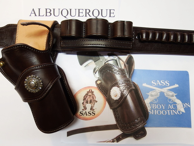 ALBUQUERQUE C.A.S HOLSTERS by SLYE Dscf0536