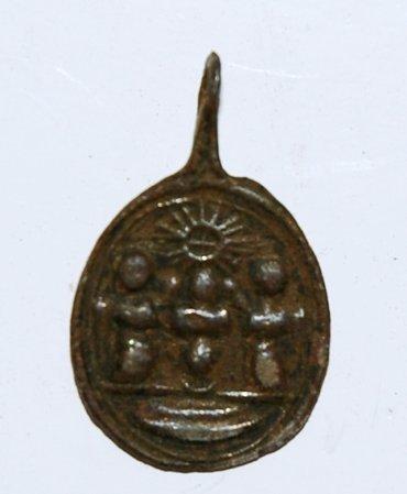 Médaille Vierge de Montserrat - XVII/XVIIIème Dsc_8011