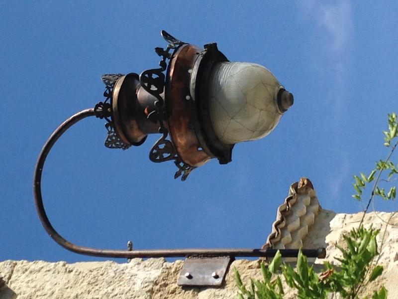 Cherche à identifier une Ancienne lanterne en cuivre - Durenne ?? Img_3516