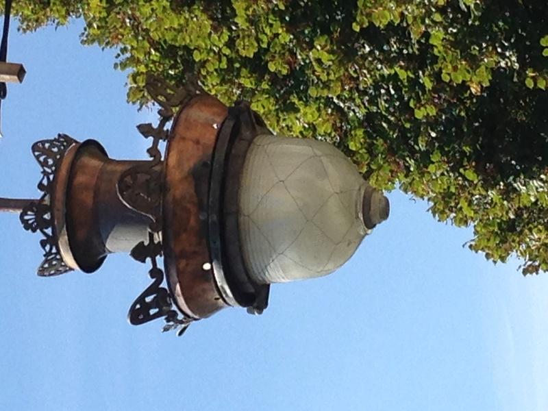 Cherche à identifier une Ancienne lanterne en cuivre - Durenne ?? Img_3518