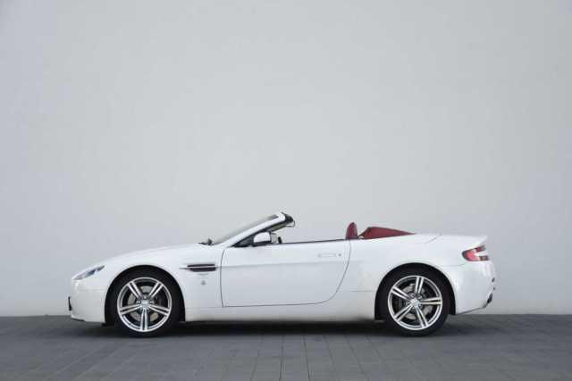 Bonjour - Page 2 Aston410