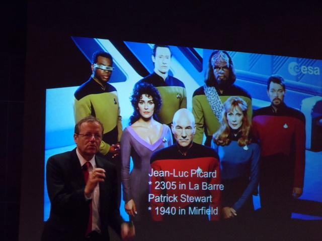 Un astronaute et le directeur de l'ESA à l'école centrale de Lyon. Compte-rendu. Sam_6513