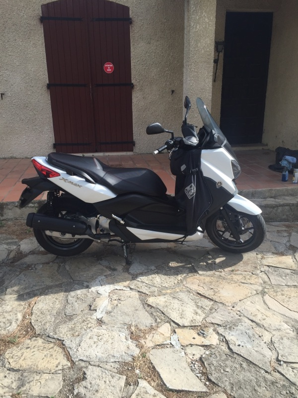 A vendre scooter yamaha 125 X MAX Img_0010