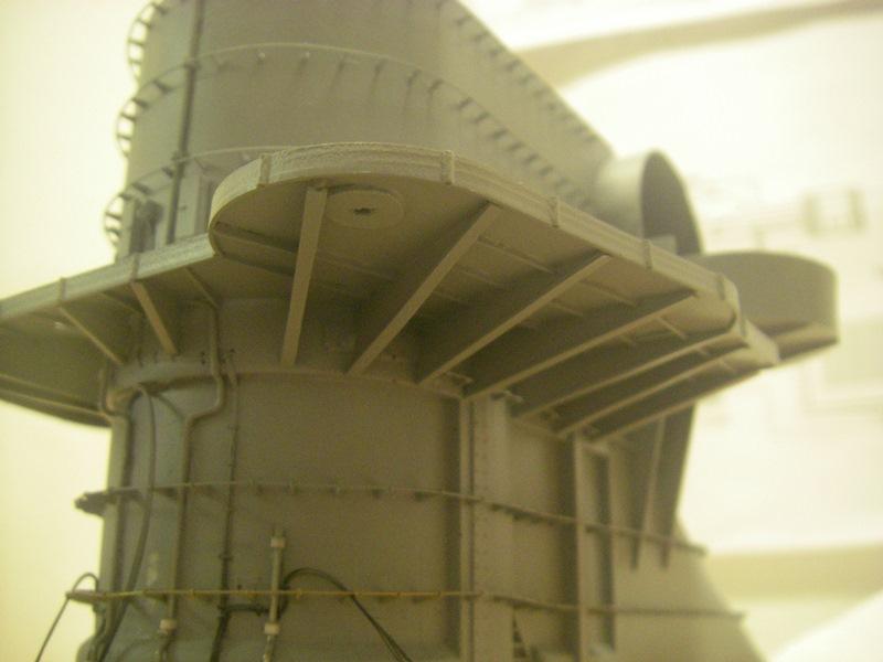 Bismarck 1:100 nur die Aufbauten  - Seite 4 Imgp8812