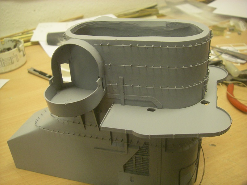 Bismarck 1:100 nur die Aufbauten  - Seite 4 Imgp8813