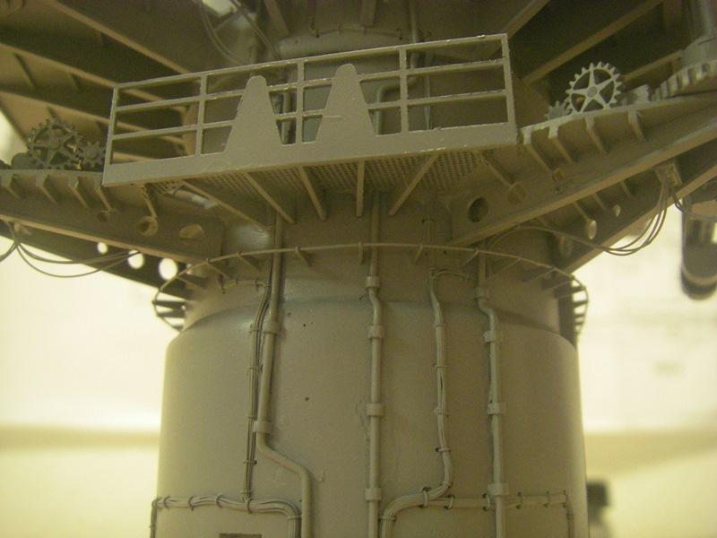 Bismarck 1:100 nur die Aufbauten  - Seite 4 Imgp8823