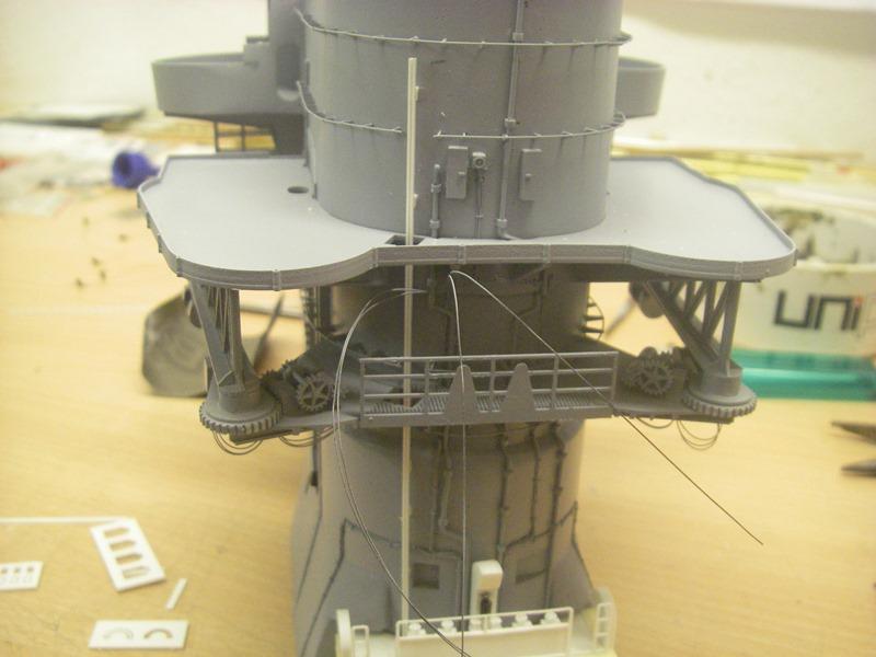 Bismarck 1:100 nur die Aufbauten  - Seite 4 Imgp8839
