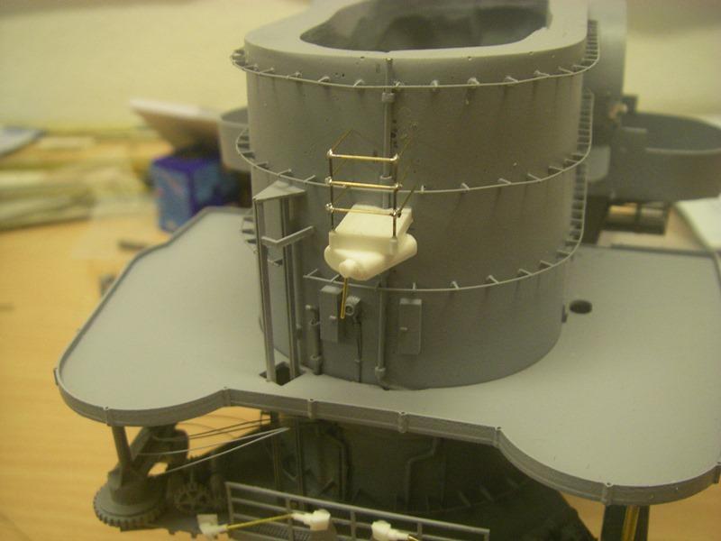 Bismarck 1:100 nur die Aufbauten  - Seite 4 Imgp8851